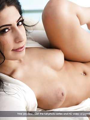 JoyMii  Allie J  Ass, Pussy, Beautiful, Glamour, Erotic, Funny, Real, Licking, MILF, Sex Toys